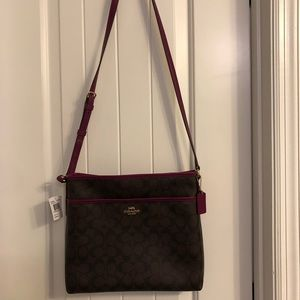 Couch purse NWT